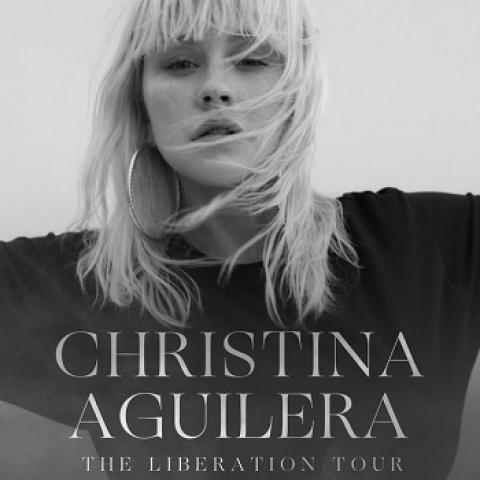 Christina AGUILERA in Concert in Los Angeles Greek Theatre October 26 8pm